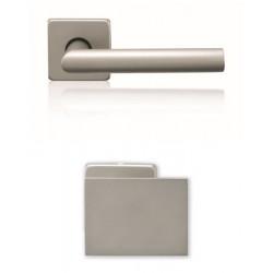 Gałko-Klamka Lusy szyld kwadratowy z dolną rozetą na wkładkę